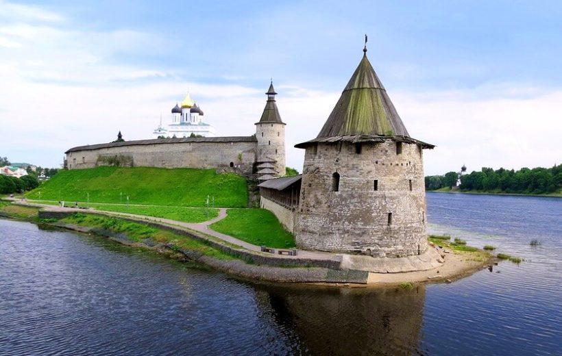 Псков – Изборск – Печоры + обед 350 руб.